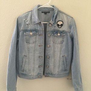 "Trendy denim jacket: brand is ""Brandy Melville"""